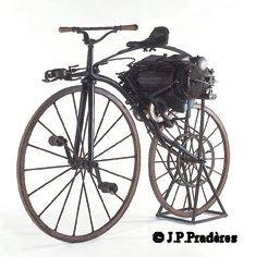 Premières motos