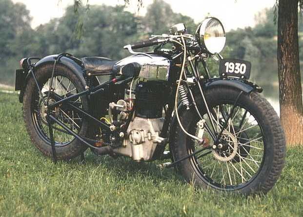 diff rent type de moto anciennes le blog de moto. Black Bedroom Furniture Sets. Home Design Ideas