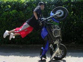 Le wheelie captain américa